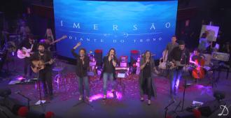 """""""Porque Dele e por Ele"""" é o novo clipe lançado pelo ministério Diante Do Trono que faz parte do álbum Imersão 2."""