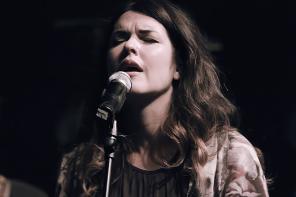 Sarah McMillan – King Of My Heart